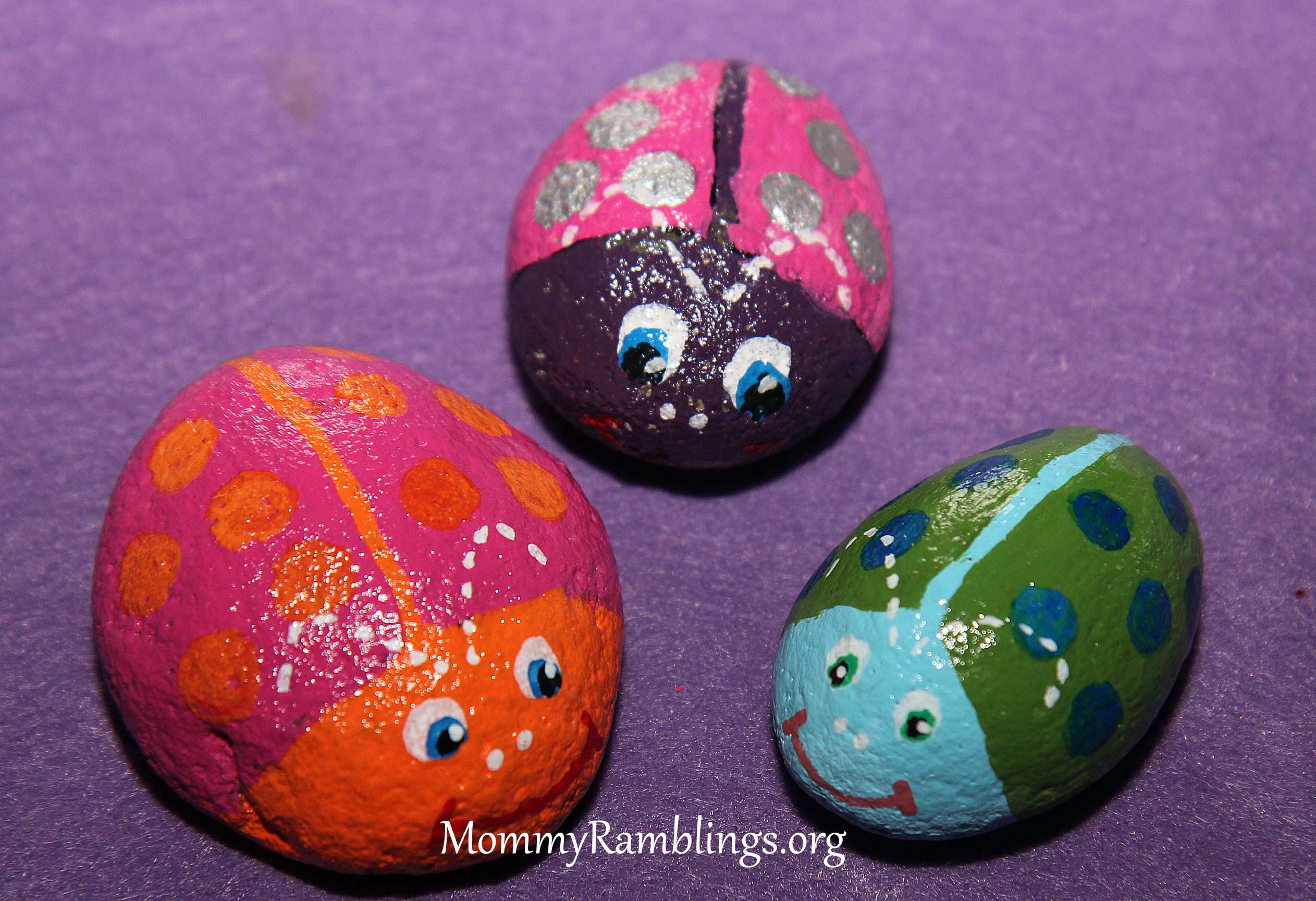 River rock painting fun mommy ramblings for River rock craft ideas