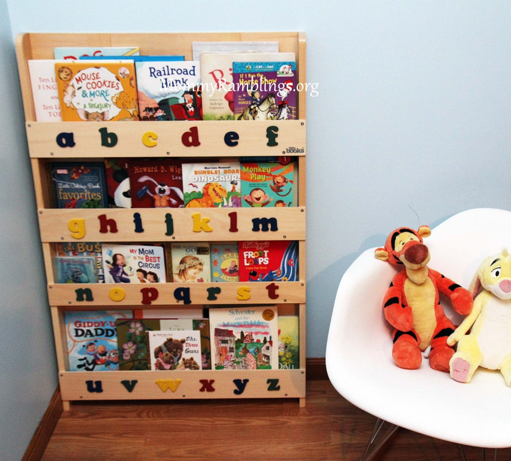 tidy books children 39 s bookcase review giveaway mommy ramblings. Black Bedroom Furniture Sets. Home Design Ideas