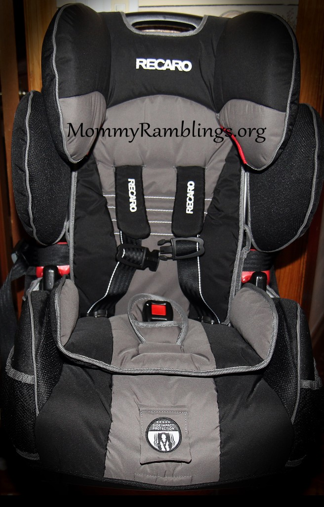 recaro performance sport combination harness to booster car seat review giveaway mommy. Black Bedroom Furniture Sets. Home Design Ideas